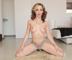 Betty Foxxx - MILF Redhead Gets Nasty With Nacho