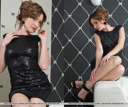 Janelle B - Perfeito - MetArt