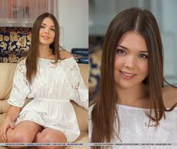 Presenting Carlina - MetArt
