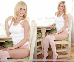 Presenting Catie Parker - MetArt