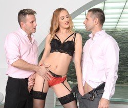 Linda Leclair - The Red Danzle Does DP - 21Sextury