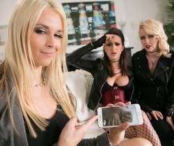 Samantha Rone, Ashley Adams, Sarah Vandella - Sister Act