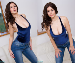Summer St Claire - Summer Tight Jeans - Skin Tight Glamour