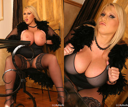 Laura Stockings Black - My Boobs