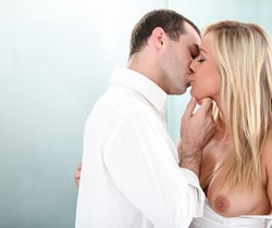 James Deen & Kennedy Leigh - Erotica X