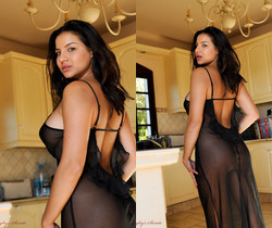 Lacey Banghard - Lacey Ice Cubes - Hayley's Secrets