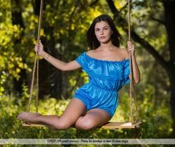 Swing - Arina B. - Femjoy