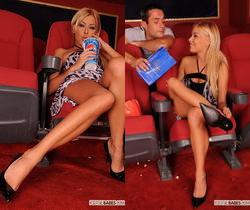 Nikky Blond - Footsie Babes