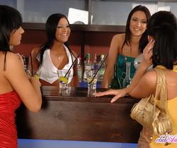 Lucy Belle, Angelica, Debora, Vi