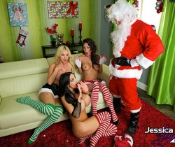 Bad Elfs - Jessica Jaymes, Nikki Benz and Amy Anderssen