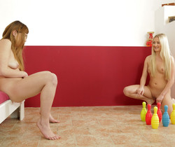 Wet and Pissy - Pee soaked games with Cayla and Loreen