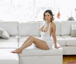 Mia Scarlett - Body Language - Passion HD