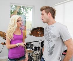 Bill Bailey & Halle Von - Only Teen Blowjobs