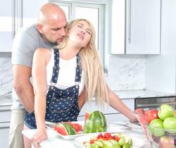 Zelda Morrison - Kitchen Desires - Passion HD