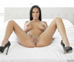 Veronica Rayne - Slippery Curves - Pure Mature