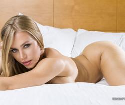 Nicole Aniston - Tonight's Girlfriend