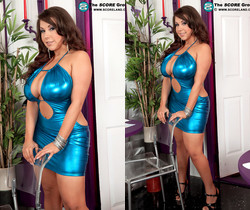 Sheridan Love - Boob Shaker Cocktail Maker - ScoreLand