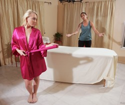 Dana Vespoli, AJ Applegate - Squirting Massages