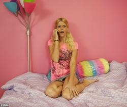 Amanda - Payback Handjob - Teen Tugs