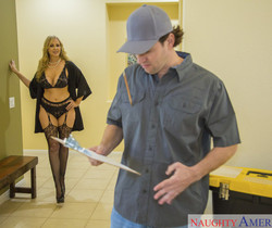 Julia Ann - Seduced By A Cougar
