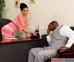 London Keyes - Naughty Office