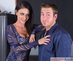 Jessica Jaymes - Seduced By A Cougar