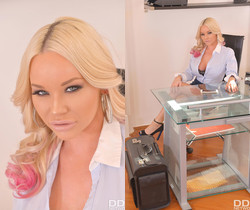 Insatiable Boss: Blonde Nympho Gets Her Holes Filled