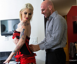 Kleio Valentien - Tonight's Girlfriend