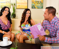 Ariella Ferrera & Ava Addams - My Friend's Hot Mom