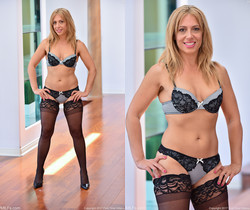 Stevie - Stockings And Heels - FTV Milfs