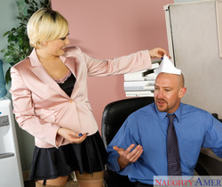 Kagney Linn Karter - Naughty Office