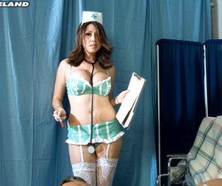 Kianna Dior - Nurse Kianna In Your Face - ScoreLand