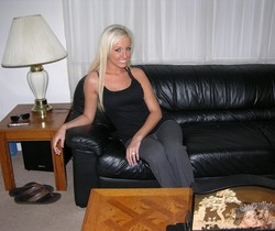 Hot Blonde Amateur Babe Modeling Nude