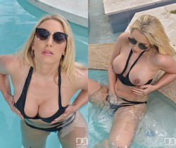 A MILF and her Magic Wand - Poolside Pussy Play