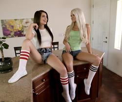 Ashlee Mae, Joseline Kelly - Runaway Sluts