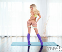 Naomi Woods - Teeny Yoga Facial - Tiny 4K