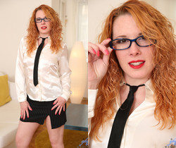 Monita - Dressed To Impress - Anilos