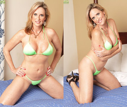 Gorgeous older slut Jodi West toying her mature pussy