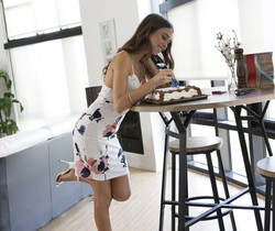 Damon Dice, Riley Reid - Cake - Nubile Films