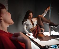 MILFs Strippers - Mindi Mink - Spizoo