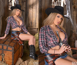 Solo Rodeo: Big Tittied Teases' Roll in the Hay