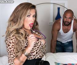 Alessandra Miller - Busty & Lusty - ScoreLand