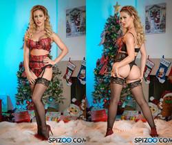Cherie DeVille Wants Santa - Spizoo