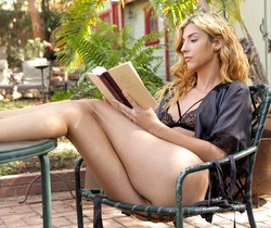 Shona River - Novel Romance - S27:E29 - Nubile Films