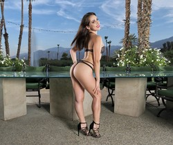 Jenna Sativa - InTheCrack