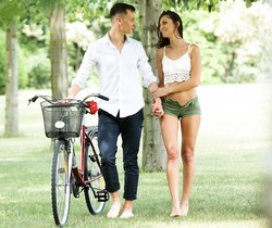 Katy Rose - Girl On A Bicycle - 21Naturals