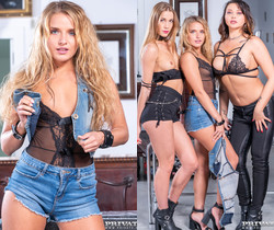 Sofi Goldfinger, Alexis Crystal & Anna Polina in foursome