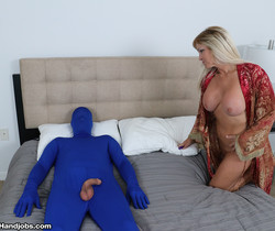 Dani Dare and the mystery man - Over 40 Handjobs