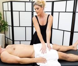 India Summer - Milf Therapy - Fantasy Massage