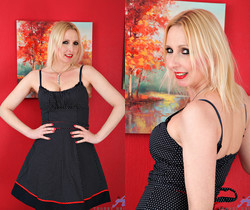 Tracey Hein - Stuffed Twat - Anilos
